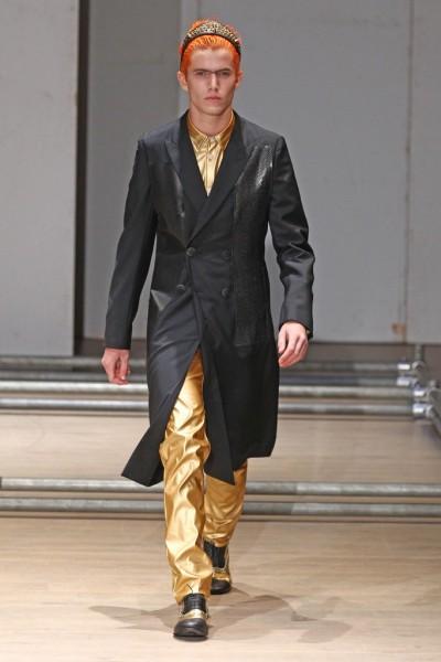 02612-semana-de-moda-masculina-primavera-verao-2013-paris-comme-des-garcons-27