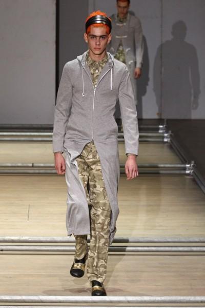 02612-semana-de-moda-masculina-primavera-verao-2013-paris-comme-des-garcons-3