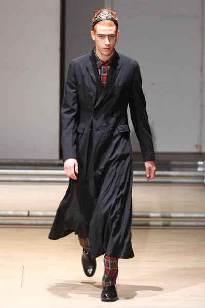 02612-semana-de-moda-masculina-primavera-verao-2013-paris-comme-des-garcons-30