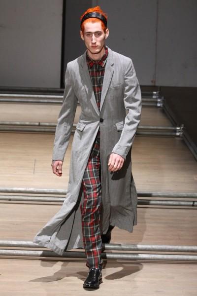 02612-semana-de-moda-masculina-primavera-verao-2013-paris-comme-des-garcons-33