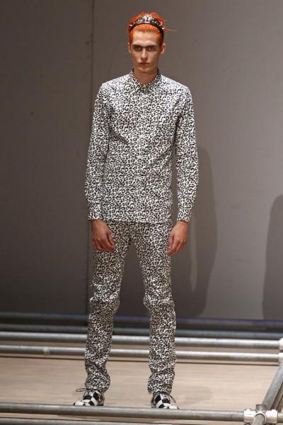02612-semana-de-moda-masculina-primavera-verao-2013-paris-comme-des-garcons-35
