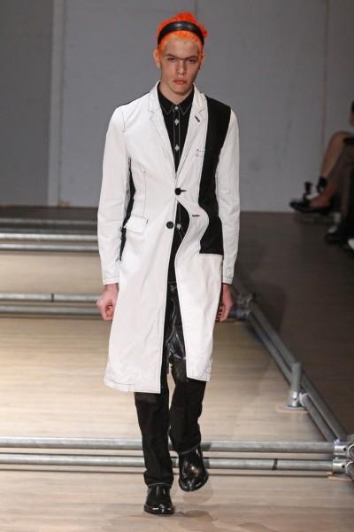 02612-semana-de-moda-masculina-primavera-verao-2013-paris-comme-des-garcons-9