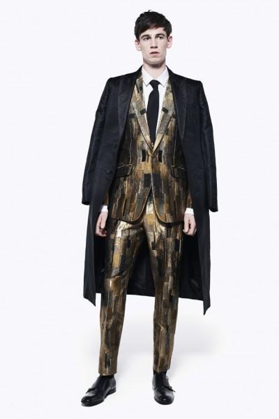 04612-tendencias-semanas-de-moda-masculina-conjuntinho-mcqueen