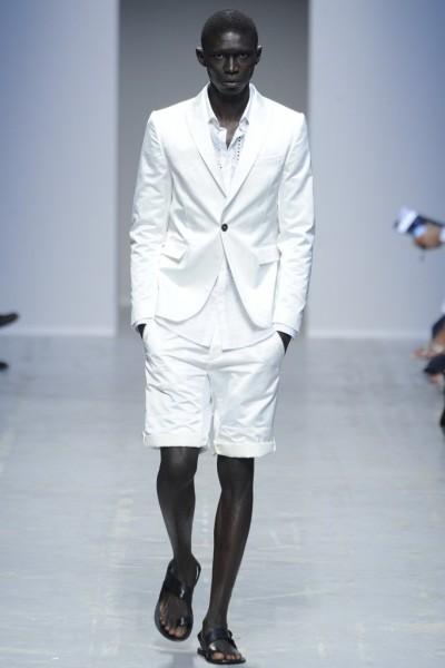 04612-tendencias-semanas-de-moda-masculina-sandalia-diesel-black-gold