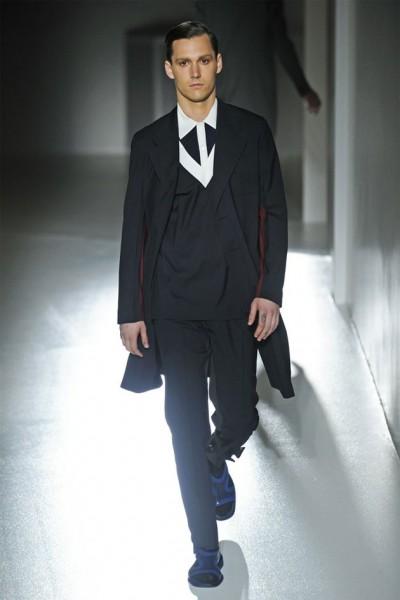 04612-tendencias-semanas-de-moda-masculina-sandalia-prada