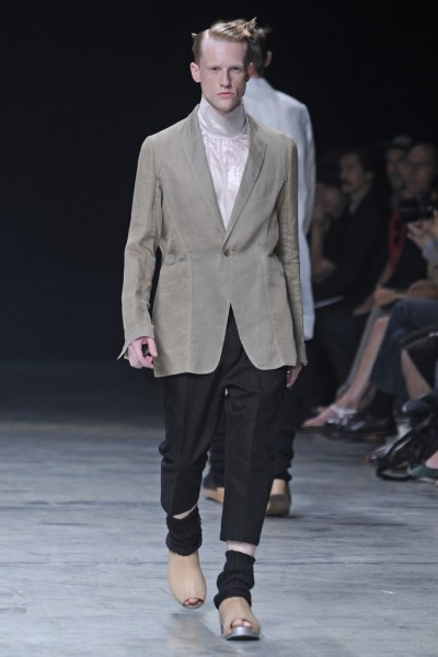 04612-tendencias-semanas-de-moda-masculina-sandalia-rick-owens