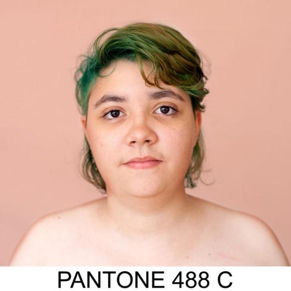 17072012pantone4
