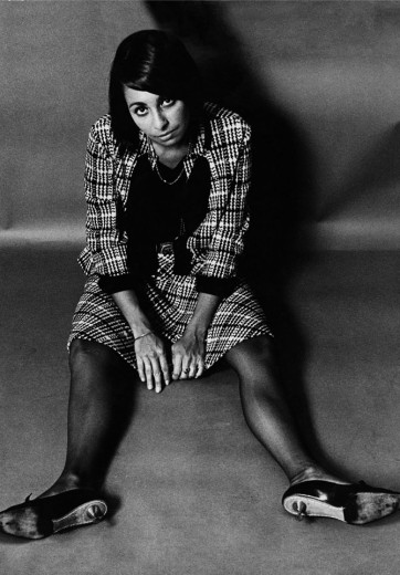 A diretora de arte Bea Feitler em foto na década de 60
