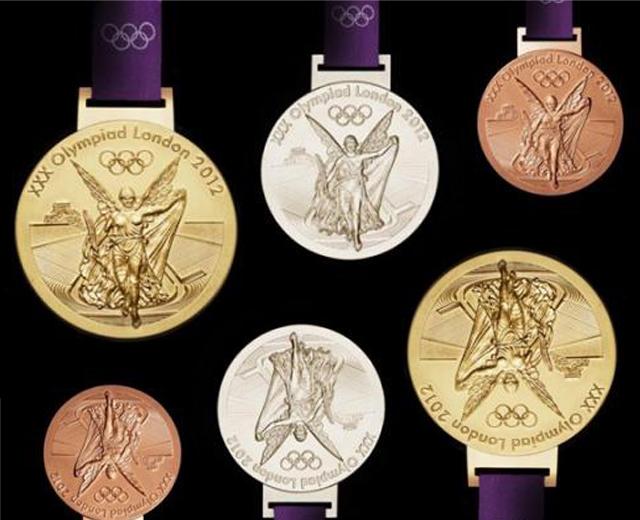 c2d0f9d7d74 Pódio olímpico... nas unhas! - Lilian Pacce