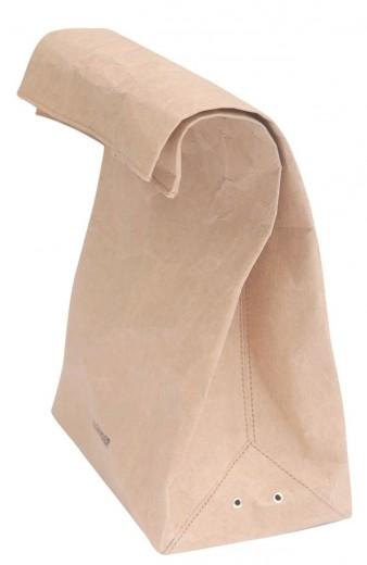 Eis a Vasari, a bolsa de papel da Jil Sander