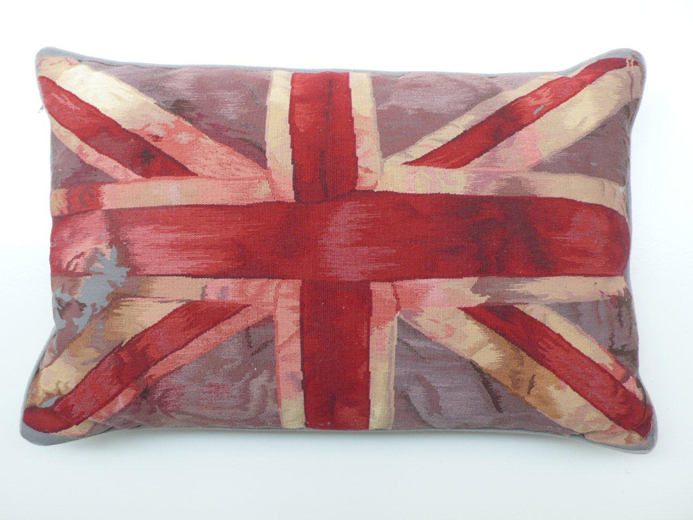Almofadas Estampadas Por Grifes Inglesas Lilian Pacce