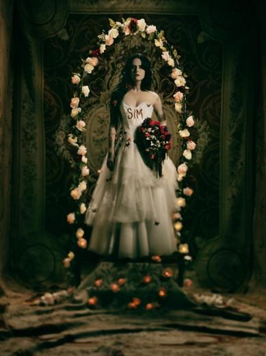 Na expô, Fernanda aparece de noiva em várias fotos - e com vestidos de estilistas famosos!