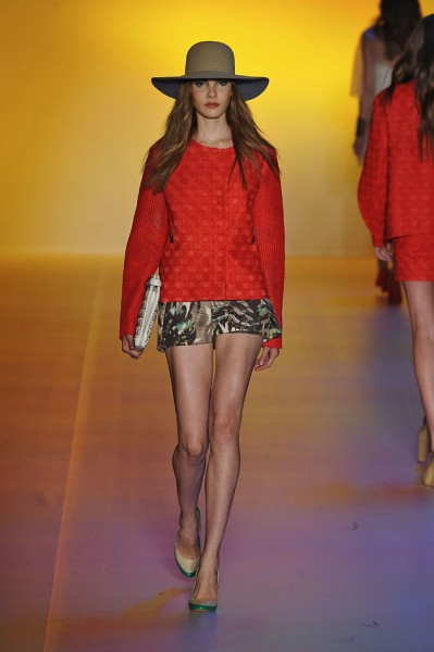311012frm_fw13_120