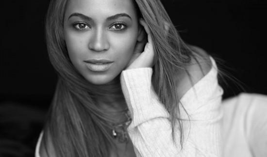 """Beyoncé e mais 2 mulheres poderosíssimas unem as forças no """"Chime For Change"""""""