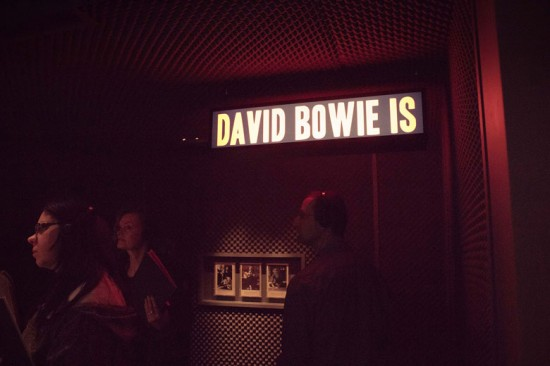 "Blog LP te leva pra dentro da expô ""David Bowie Is..."""