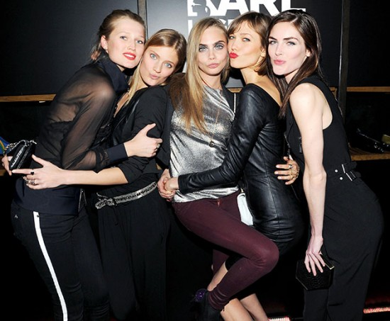Toni Garrn, Constance Jablonski, Cara, Karlie Kloss e Hilary Rhoda