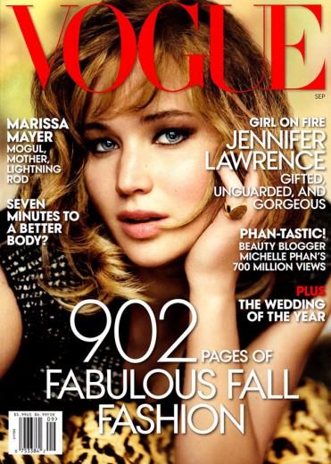 Jennifer Lawrence foi clicada por Mario Testino! Clica na foto pra ver o editorial...