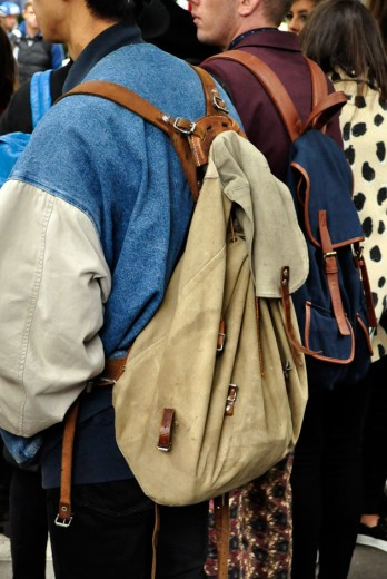 Esqueça a it-bag: é a hora e a vez das mochilas roubarem a cena