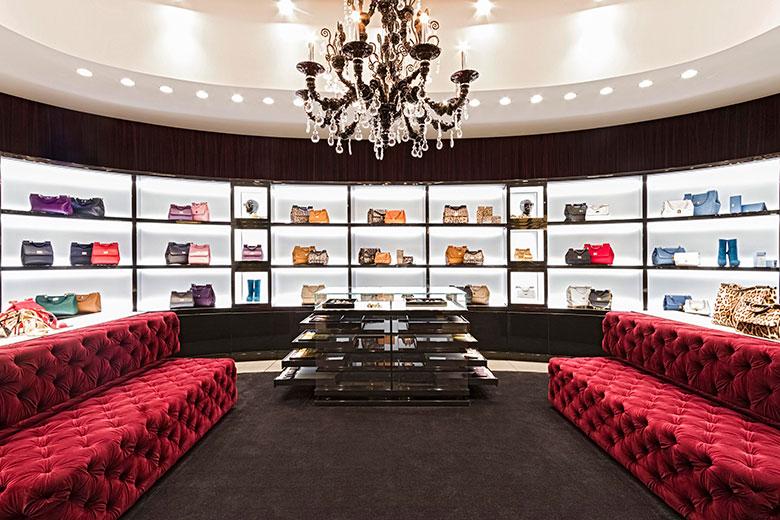 b3fb89835485c A 1ª loja de acessórios Dolce   Gabbana no Brasil