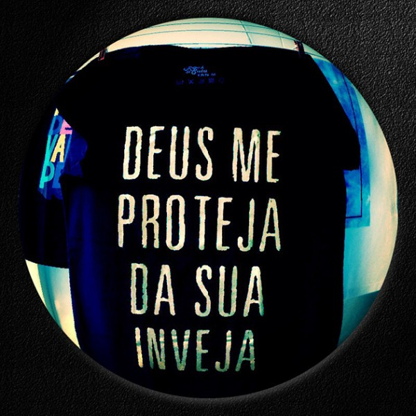 21213-camisetas-palavras-rock-di-saia