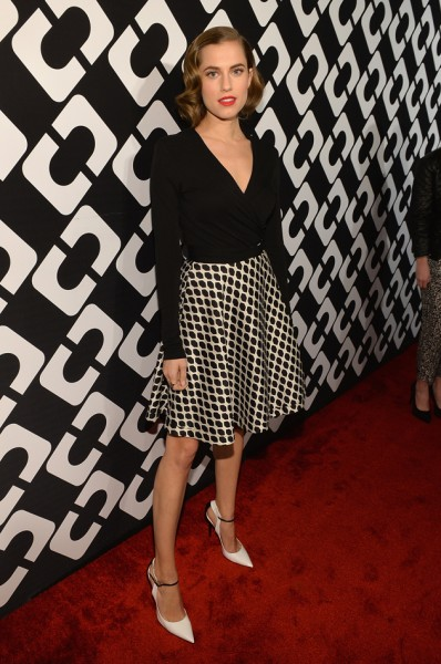 50214-allison-williams-dvf-festa