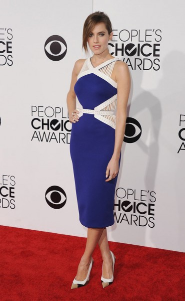 50214-allison-williams-peoples-choice14-david-koma-