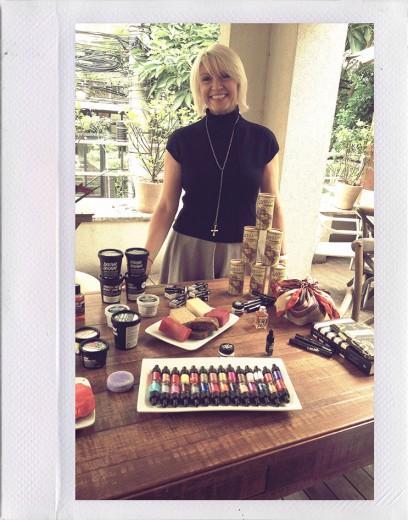 Rowena Bird, uma das fundadoras da Lush, no Brasil pra apresentar a marca