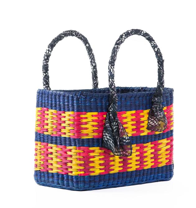 afa0f70fe As bolsas de junco da Nannacay customizadas pela Animale!