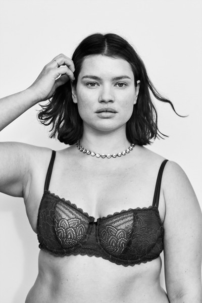 171114-editorial-lingerie-plus-size-vogue-3