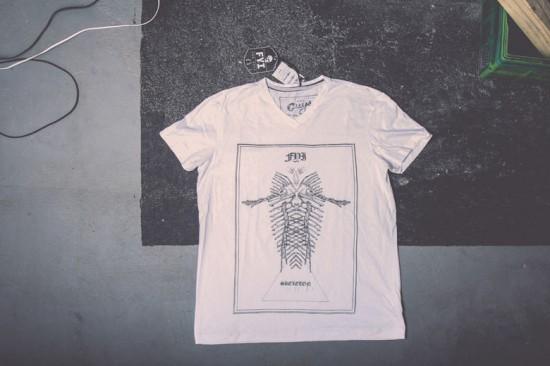 As camisetas da FYI pra eles!