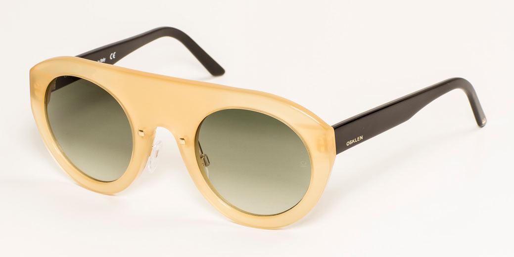 a4448493353a6 A 1ª linha de óculos da Osklen - Lilian Pacce