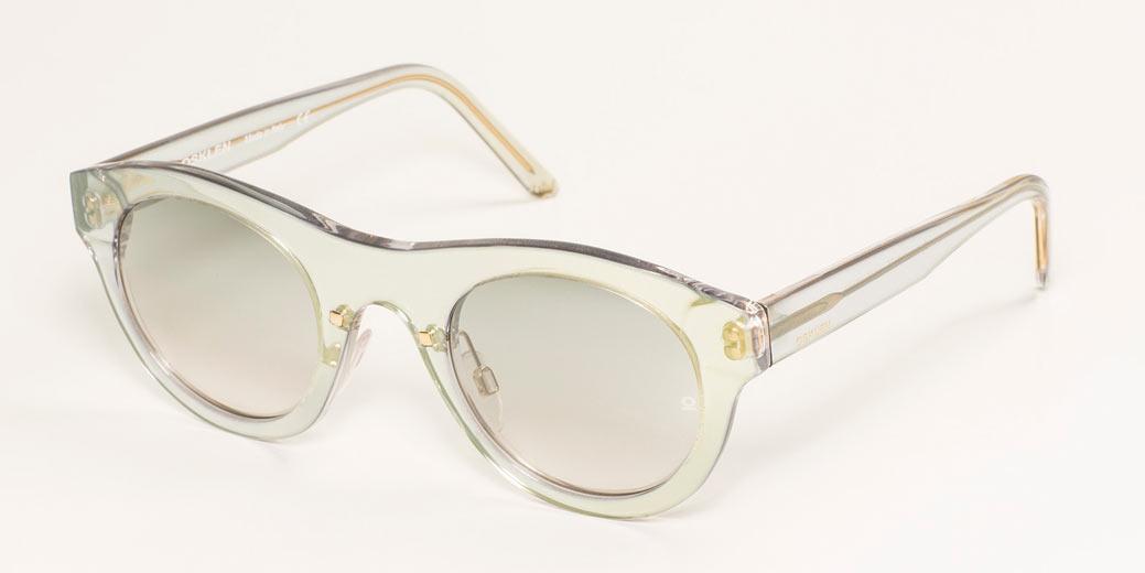 8b53919fbf38d A 1ª linha de óculos da Osklen - Lilian Pacce