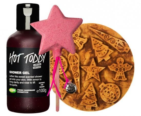 A Lush está oferecendo 50% de desconto nos produtos de Natal. Na imagem, gel de banho Hot Toddy de R$ 60 por R$ 30, espuma de banho Magic Wand de R$ 39,50 por 19,75 e sabonete Yog Nog de R$ 64 por R$ 32