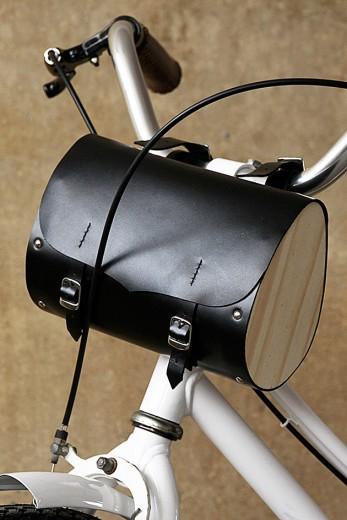 a4228771f Supercool  acessórios pra bike da Bottega Pellegrini - Lilian Pacce