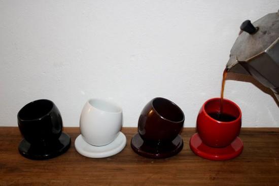 Vai um café aí? Xícaras equilibristas da Suzanne Reboh (R$ 44) na Feira Rosenbaum - vem ver mais!