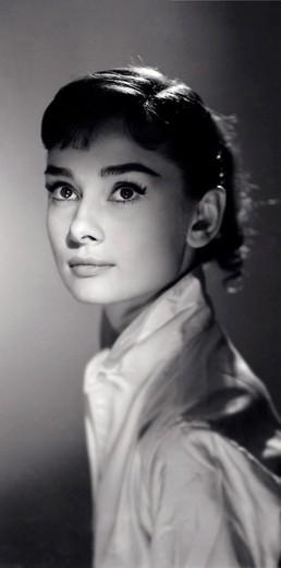 """Jack Cardiff fotografou Audrey Hepburn durante as filmagens de """"Guerra e Paz"""", que foi lançado em 1956"""