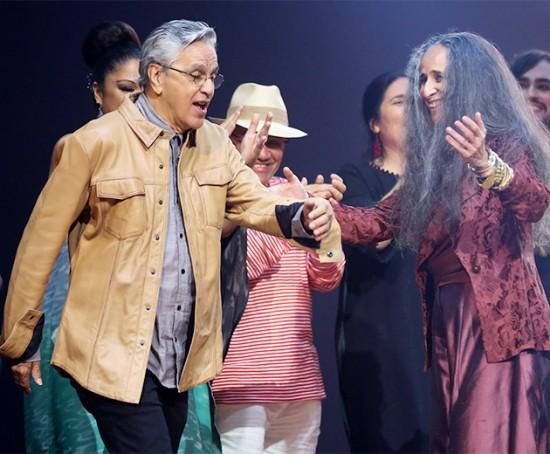 Caetano com Bethânia no palco do Prêmio da Música Brasileira - vem ver mais!