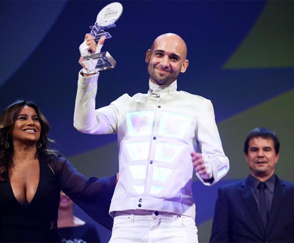 110615-premio-musica-br-donatinho
