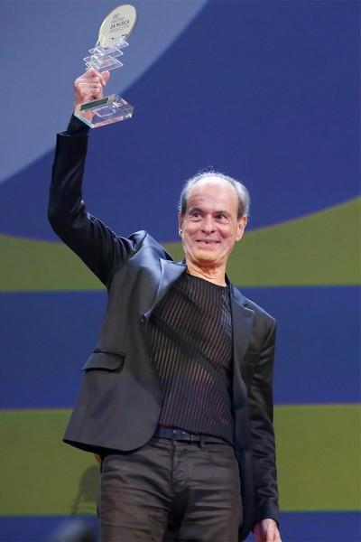 110615-premio-musica-br-ney