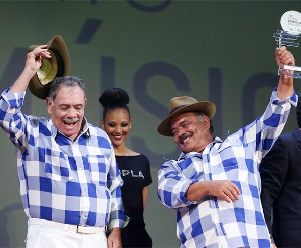 110615-premio-musica-br-zemulado-cassiano