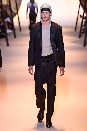 e2d95e1db7238 Versace (masc) primavera-verão 2016 - Lilian Pacce