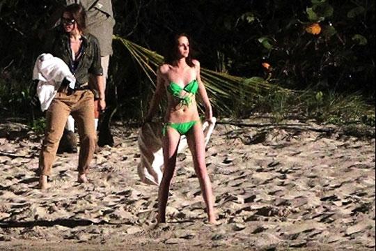 Moda praia estrangeira em praias brasileiras!