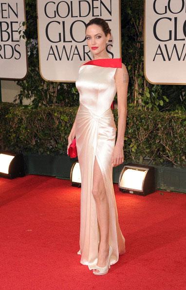 Angelina Jolie em Atelier Versace