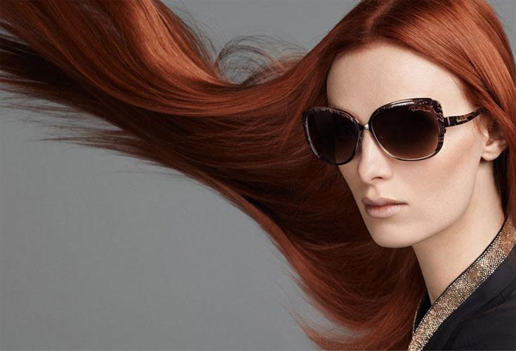 A ruiva Karen com cabelos ao vento