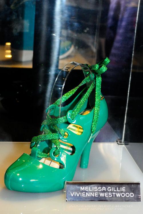 Mais um modelo Vivienne Westwood