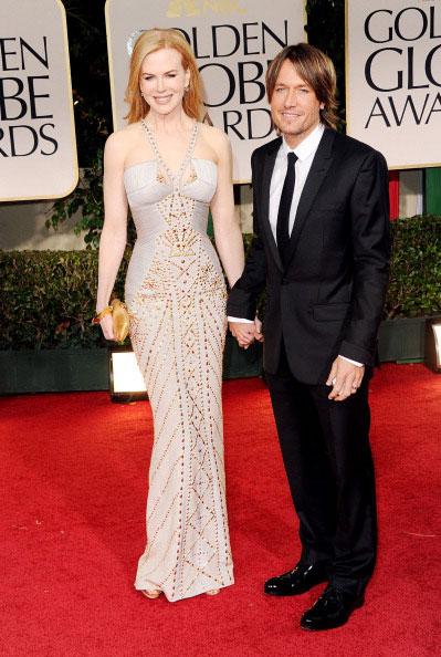 Nicole Kidman de Versace com Keith Urban