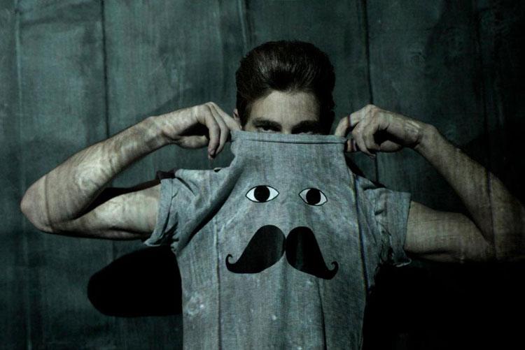 Camiseta bigode (R$ 32)