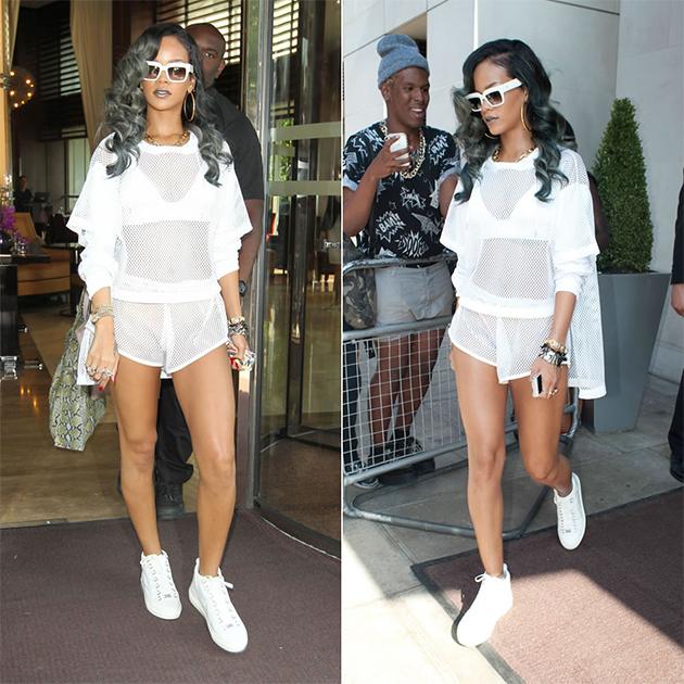87eedf4dd7a 210915tenisbrancorihanna. Rihanna de tênis e look branco!