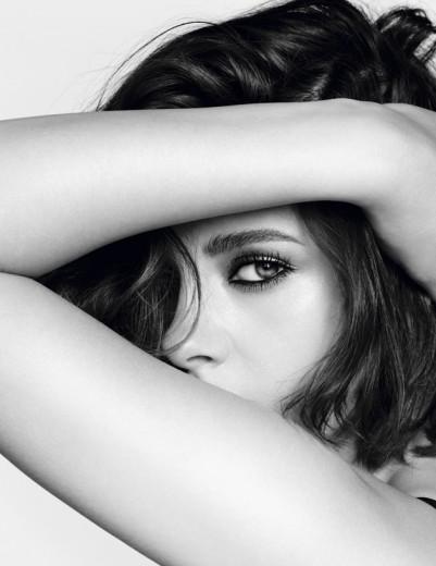 Kristen Stewart posa pra nova campanha de maquiagem da Chanel!