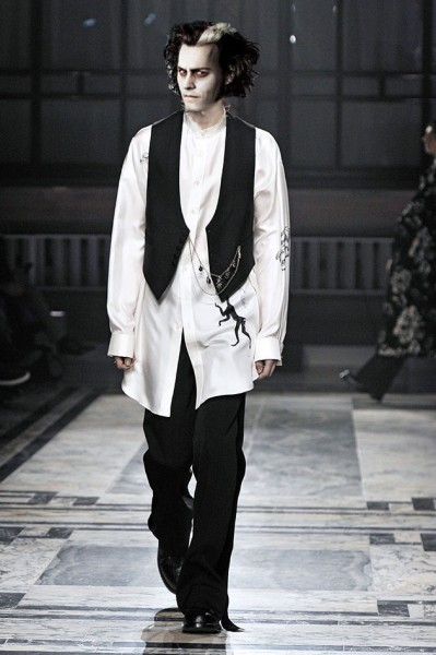 110216-tim-burton-fashion-04